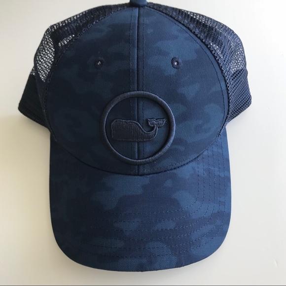 Vineyard Vines Whale Dot Performance Trucker Hat. M 5b58d26f5a9d21fcc028ec2f 24699ccbd61